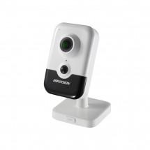 Внутренняя IP-камера Wi-Fi Hikvision DS-2CD2421G0-IW (2.8)